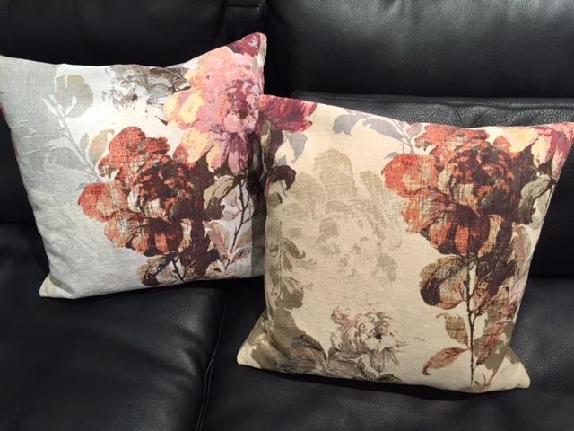 ナツッジ cushion