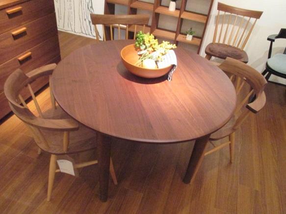 ウォールナット 円形テーブル