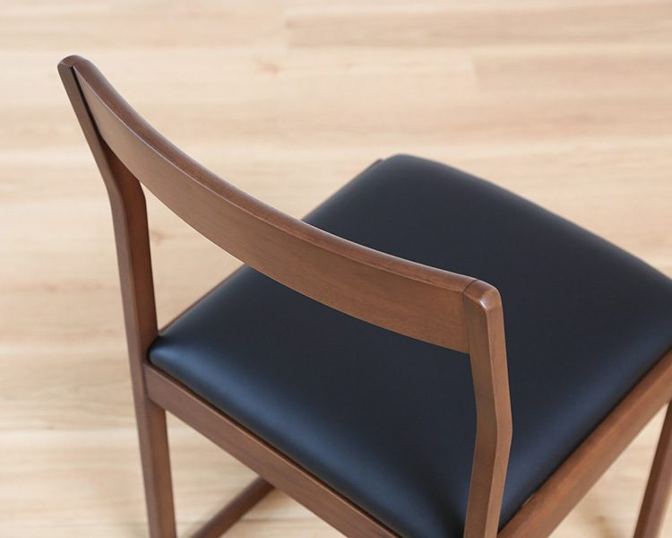 ANTIM-CHAIR04
