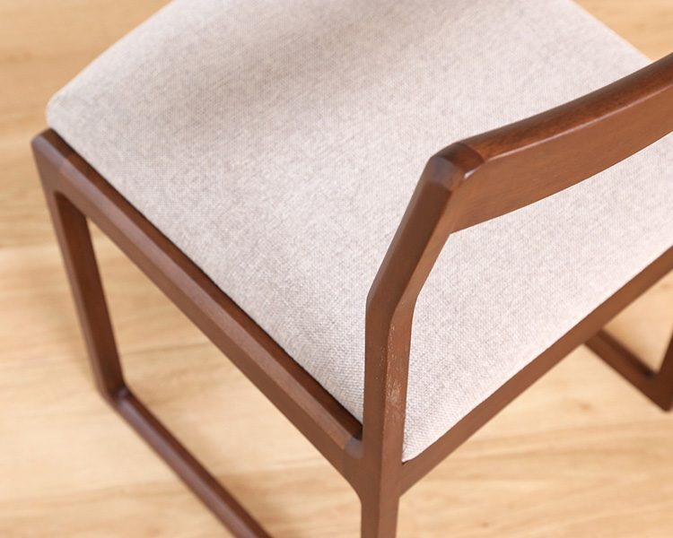 ANTIM-CHAIR05
