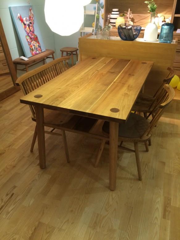クルミ 無垢 テーブル