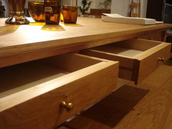 引出 木 テーブル