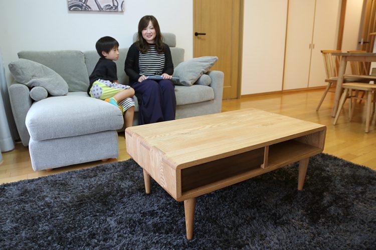 カウチソファ リビングテーブル