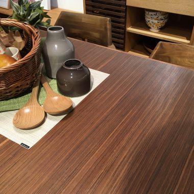 伸長式ダイニングテーブル/秋