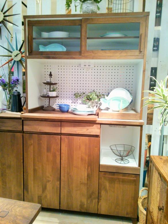 キッチンボード 食器棚 北欧 レトロ かわいい