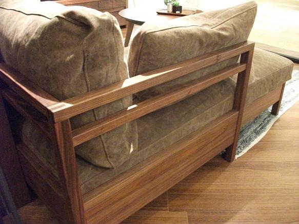広松木工のリポーゾソファ