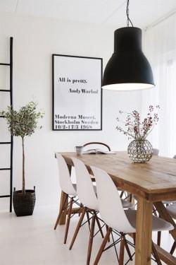 big black lamp