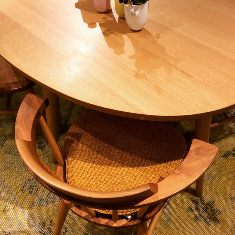 ダイニング テーブル チェア 食卓 ナチュラル 北欧 シンプル ぬくもり アットホーム おしゃれ ほっこり 楕円形 オーバル 飛騨高山 素朴