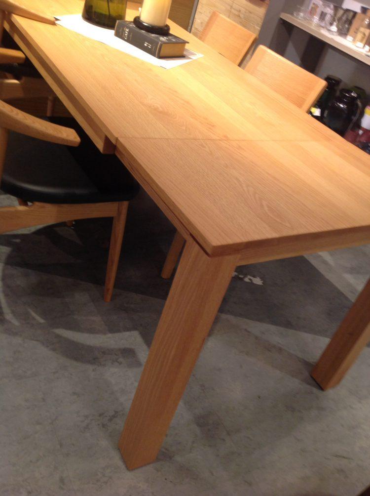 無垢材 伸長式 ダイニングテーブル オーク ウォールナット