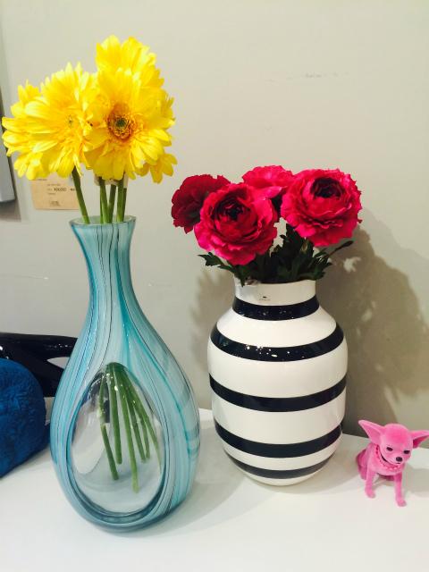 フラワーベース 花瓶
