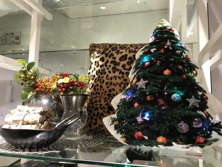 クリスマスツリークッション